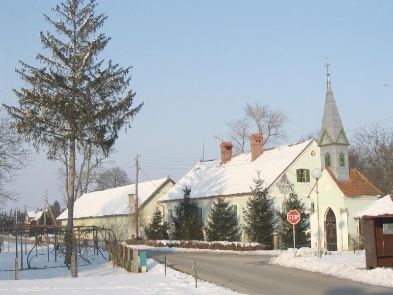 Slika 1: Kmetija Gočlovih